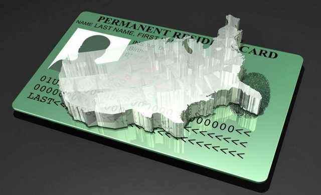 拥有美国绿卡就成为美国公民了吗?