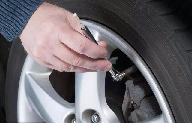 春节长途,轮胎打多少气最安全?我教你