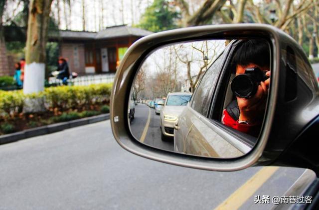 """""""超车看车头,会车看车尾""""是什么意思?老司机:这都不懂别开车"""