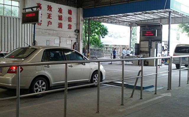 买车后懂得什么是年审和年检,避免这些小问题导致的处罚和扣分了