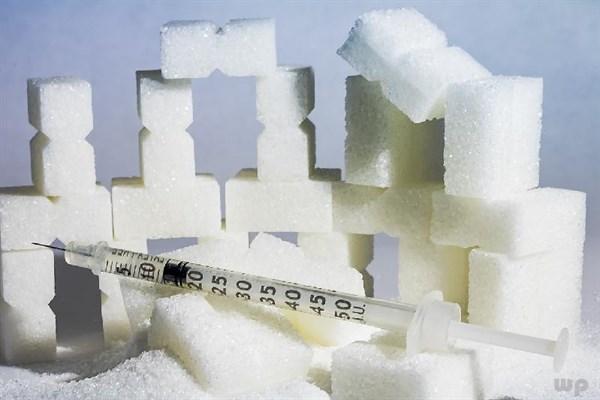 低血糖会带给人体哪些危害?提醒:日常老年人吃什么可预防低血糖