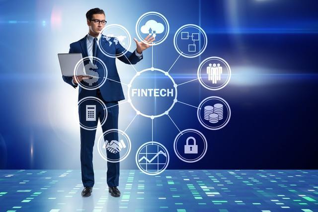 互联网金融发展趋势下,银行商业模式的创新思考