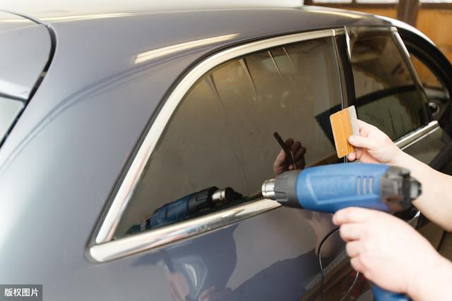 新车贴膜怎么区分膜的优劣?简单四招教你分辨汽车膜好坏