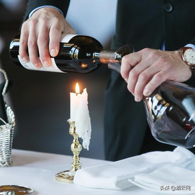 葡萄酒里有渣,是坏了吗?