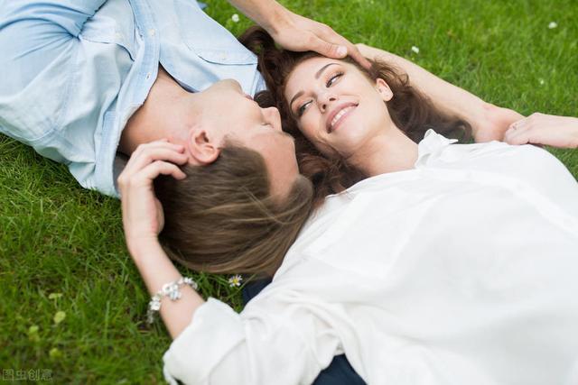恋爱要找相似的还是互补型伴侣?学者:灵魂伴侣都是后天养成的