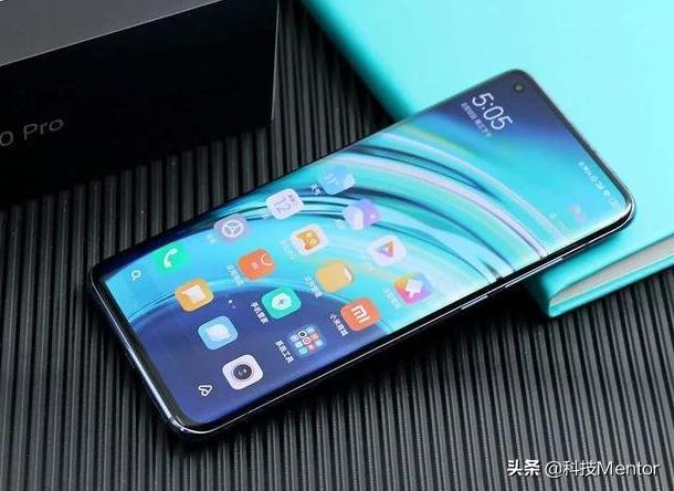 小米、iQOO、realme,即将发布三款超大杯新手机,配置感人