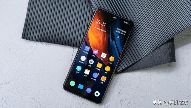 买手机就要一步到位 高颜值旗舰手机推荐