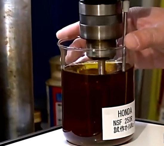 干货 | 30秒学会选机油,8个要点一次看懂!