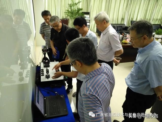 SJ6000激光干涉仪通过科技成果鉴定