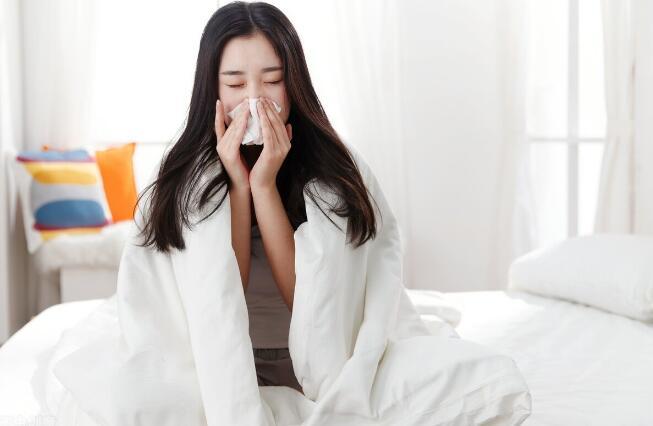 风寒感冒和风热感冒有何区别?中医从这4个方面分析,对症治疗效果更好