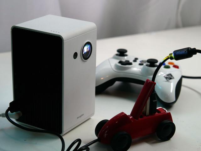 还在浪费你家电视?教你0元把投影仪改成游戏机(电视盒子同理)