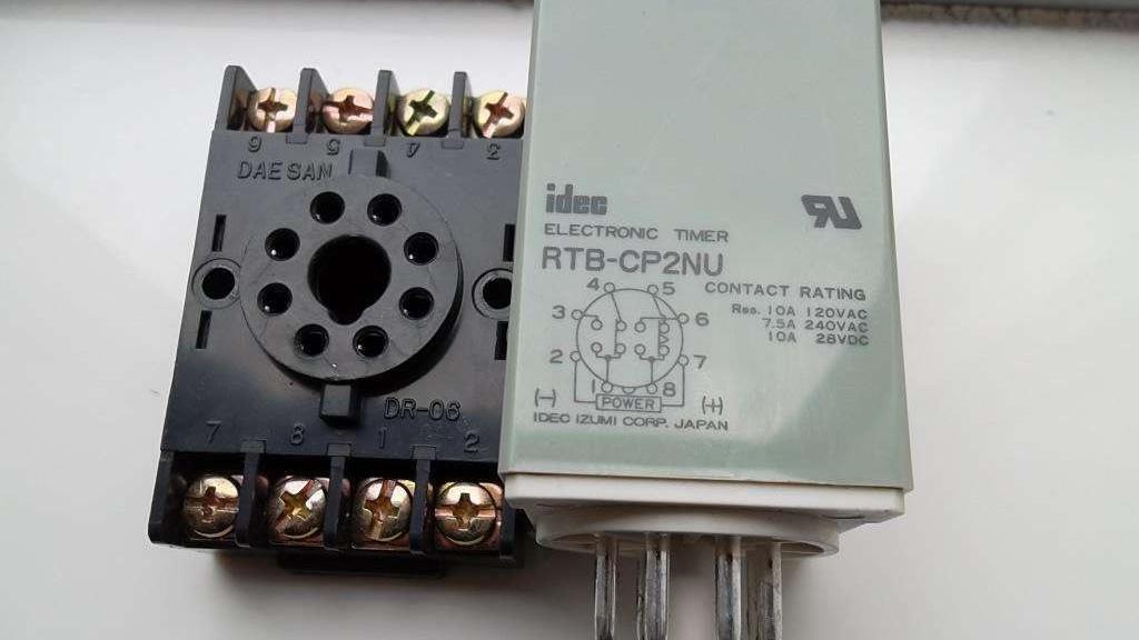 继电器有几种?什么是控制继电器?什么是保护继电器?