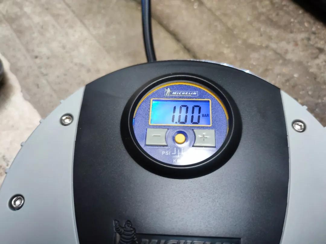 车载充气泵:小米能否打败米其林老大哥?