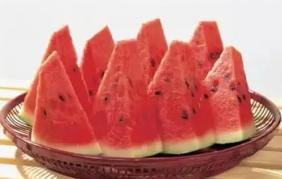 哪些人不宜吃西瓜?西瓜皮有哪些妙用?请看