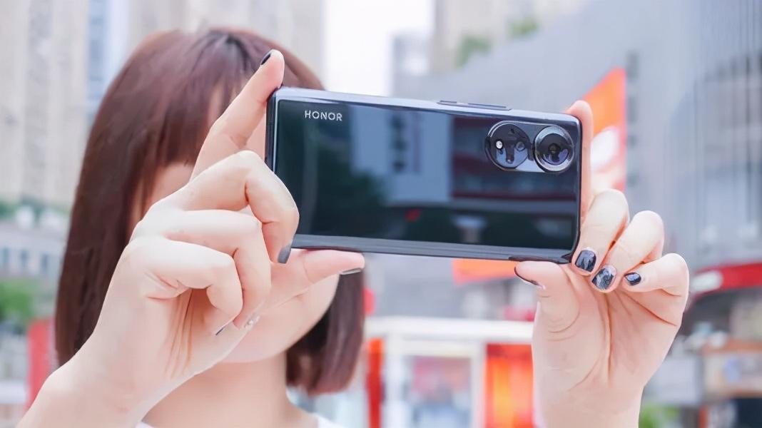 教你手机就能制作证件照!方法简单,一学就会,再也不用去照相馆