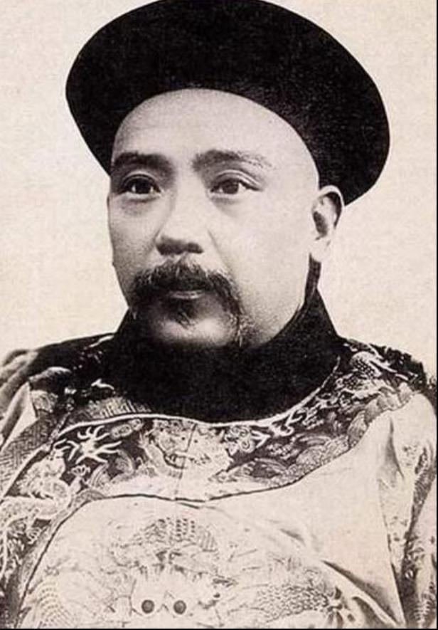 """京华物语丨""""王府井""""的""""井""""到底是水井,还是胡同?"""